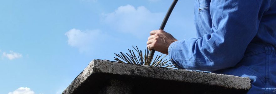 Quelle est l'utilité du ramonage de cheminée et de poêle et quand faut-il le faire ?